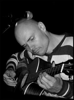 Billy Corgan ! Great singer, songwriter... Such a poetic soul.