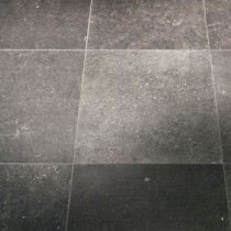 kronos blautech natuursteen look Tile Floor, Flooring, Cool Stuff, Interior, Om, Building, Garden, House, Ideas