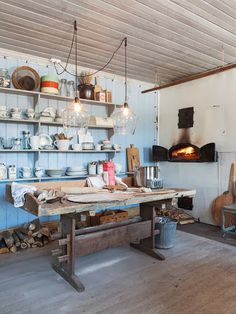 Anna Truelsen inredningsstylist - Great styling in this pizza oven kitchen