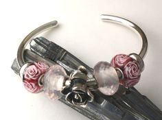 I adore this arrangement of Trollbeads on a bangle