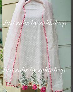 Simple Kurti Designs, Kurti Neck Designs, Dress Neck Designs, Kurti Designs Party Wear, Embroidery Suits Punjabi, Embroidery Suits Design, Embroidery Designs, Flower Embroidery, Punjabi Suits Designer Boutique