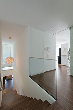 Einfamilienwohnhaus T. Aigen im Ennstal Interior Stairs, Office Interior Design, Rammed Earth Homes, Small Modern Home, Glass Facades, Container House Design, House Stairs, House Entrance, Modern House Plans