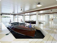Coastal tour of a Muskoka Lake Cottage in Canada. Take a peek inside this beautiful boat house with big coastal style. Boat Garage, Garage House, Garage Doors, Lake Cottage, Cottage Homes, Luxury Interior Design, Coastal Homes, Design Case, Design Design