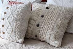 Из старого свитера новая подушка