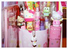 #hellokitty #pens #pink