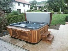 hot tub bar and stairs