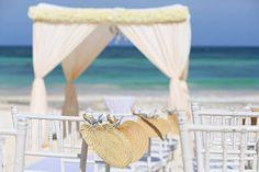 beach Wedding, Houpa with chandelier