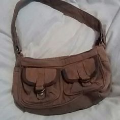 Aero purse Small olive green to front pockets inside zipper pocket Aeropostale Bags
