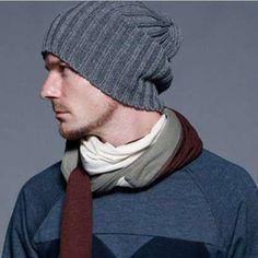 Cappelli di lana ai ferri da uomo - Cappello di lana grigio Moda Uomo d6aae32f45f6