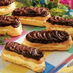 Sugar-free Chocolate Eclairs Recipe -Family and friends are in for a treat when you serve them these luscious eclairs. No one can even tell they're sugar free. Chocolate Eclair Recipe, Chocolate Topping, Sugar Free Chocolate, Chocolate Eclairs, Sugar Free Eclair Recipe, Chocolate Recipes, Diabetic Desserts, Sugar Free Desserts, Sugar Free Recipes