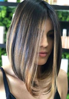 If you want to create an eye-catching and different hairstyle you can choose long bob haircuts and create a more impressive style in Medium Hair Cuts, Medium Hair Styles, Curly Hair Styles, Long Bob Haircuts, Long Bob Hairstyles, Popular Hairstyles, Bride Hairstyles, Growing Out Short Hair Styles, Short Styles
