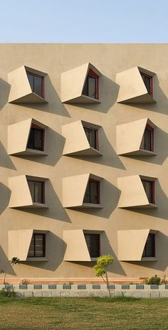Facade architecture