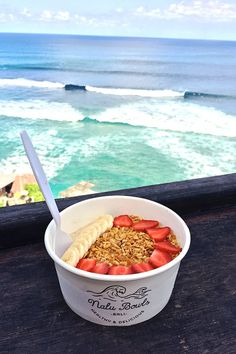 Our vegan & vegetarian GUIDE to Bali, complete with tips about where to stay, places to eat and loads more. Easter Cheesecake, Caramel Cheesecake, Vegan Cheesecake, Cheesecake Recipes, Bali, Josie Loves, Caramel Cookies, Vegan Recipes, Vegan Meals