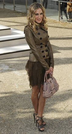 Head to toe - beautiful in brown!