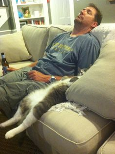 Somebody get that cat a beer!