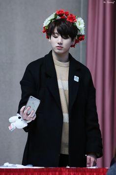 "[Picture/Fansitesnap] BTS 4th Mini Album 화양연화 pt.2 Fansigning (GIMPO) [151222] ""Damn, I look good"""