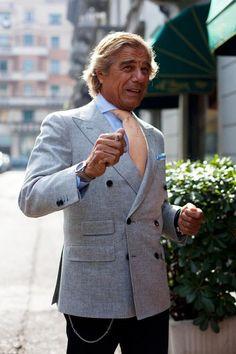 #linoieluzzi #albazarmilano #7style #doublebreastedjacket #milan