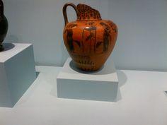 apolo en el tripode Vase, Home Decor, Greek Mythology, Apollo, Greek, Serif, Museums, Homemade Home Decor, Flower Vases