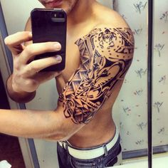 26 best Shoulder Blade Tattoos For Guys images in 2017 | Tattoos for ...