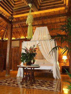 Tropical House Design With Colonial Style in Bali Bedroom Design- I've always wanted a bed like this! Tropical House Design, Best Modern House Design, Tropical Home Decor, Tropical Houses, Tropical Interior, Tropical Furniture, Tropical Style, Tropical Colors, Tropical Bedrooms