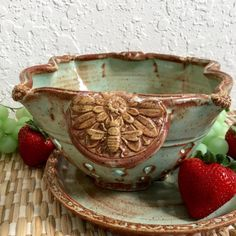 Meet Karrita Renzelmann of Queen Bee Pottery - Ceramicscapes Slab Pottery, Thrown Pottery, Pottery Vase, Ceramic Pottery, Pottery Plates, Pottery Wheel, Pottery Painting, Pottery Sculpture, Sculpture Clay
