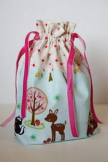 Simple drawstring bag with vinyl window (So Sew Easy) | Free ...