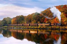 Fall Foliage Train Rides in North America Essex Steam Train & Riverboat, Essex, Connecticut