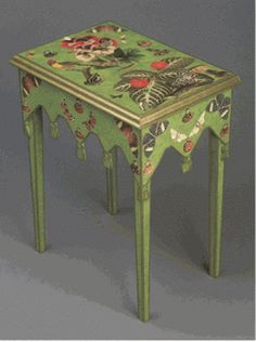 How to Decoupage Furniture: DIY Paper Project / http://cadlowmuralworld.blogspot.ca/2011/03/how-to-decoupage-furniture-diy-paper.html
