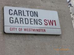 #CarltonGardens #SW1 #Luxury #LoveLondon #LoveSageBrown #SummerInLondon #Autumnal #BeautifulStJames #LondonMoods