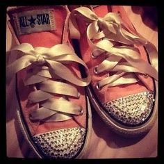 love the satin bows Custom Converse, Pink Converse, Emma Jane, Summer Outfits, Summer Clothes, Satin Bows, Front Row, Me Too Shoes, Adidas Sneakers