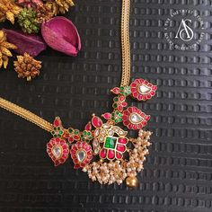 Here are the best collection of antique ruby necklace designs by the brand The Amethyst Store. Ruby Necklace Designs, Jewelry Design Earrings, Ruby Jewelry, Gold Jewellery Design, Silver Jewellery, Silver Necklaces, Jewelry Box, Jewelry Necklaces, Mens Gold Jewelry