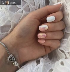 Best Garden Decorations Tips and Tricks You Need to Know - Modern Cute Pink Nails, Peach Nails, Pink Nail Designs, Nail Designs Spring, Spring Nail Trends, Spring Nails, Nail Art Dessin, Finger, Shattered Glass