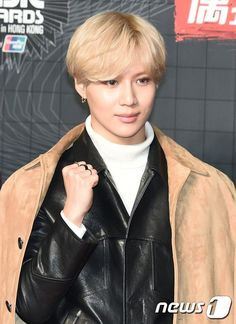 #taemin #shinee 2015 Mnet Asian Music Awards in Hong Kong red carpet