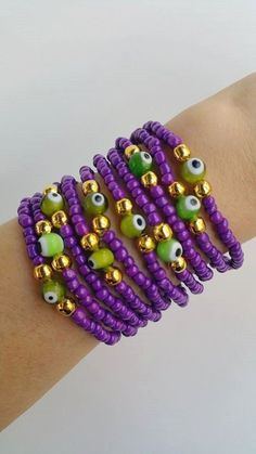 Layering Friendship Bracelets - Boho Chic Summer Bracelets, you are buying 10 bracelets in this listing. Each bracelet is 7.50 inches TAKE ADVANTAGE OF COMBINED SHIPPING!!!! Only 0.50€ (about 0.60 USD) for adicional item!! Handmade with love
