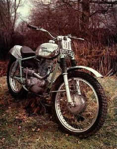 Actually this is a 350 but included here as it's such a nice looking bike Old Bikes, Dirt Bikes, Old Bullet, Royal Enfield Bullet, Trial Bike, Flat Tracker, The Old Days, Street Bikes, Bike Design