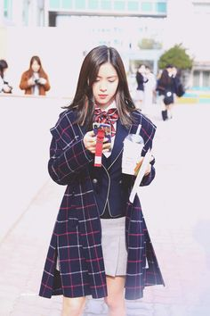 ⸢ an itzy ft skz fanfiction ⸥ ❛rival will always be rival.❜ s… # Fiksi penggemar # amreading # books # wattpad Kpop Girl Groups, Korean Girl Groups, Kpop Girls, Korean Student, Cute Girl Pic, Cute Girls, Korean Princess, Rapper, Get Skinny