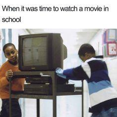 90s Memes, Memes Estúpidos, Crazy Funny Memes, Really Funny Memes, Stupid Funny Memes, Wtf Funny, Funny Relatable Memes, Funny Posts, Funny Quotes