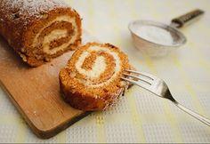 Mascarponés-diós rolád Poppy Cake, Cupcake Cakes, Cupcakes, Hungarian Recipes, Hungarian Food, French Toast, Deserts, Muffin, Food And Drink