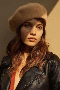 Felt Beret - Beige / Urban Outfitters / Fall Wardrobe Picks