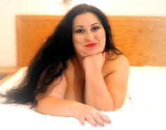 Model: Elena Ramona Savu Fotoserie: Curvy Goddesses