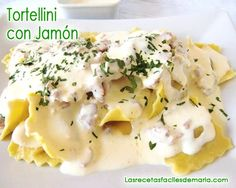 Pasta tortellini con salsa de mascarpone y jamón