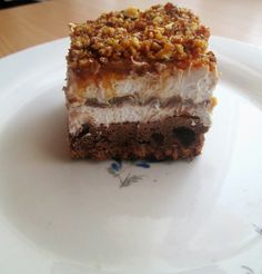 Reteta culinara Desert prajitura Kinder Maxi King din categoria Prajituri. Cum sa faci Desert prajitura Kinder Maxi King