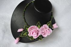 Pink Wedding Statement Choker with Roses, Beaded Floral Necklace, Bridal Necklace, Bridesmaids Necklace, Wedding Jewelry, Gift for Her