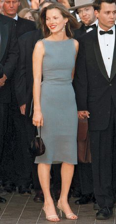 THE classic Kate look//1997 Cannes Modenas q siguen siendo modernas muchos años despues.,