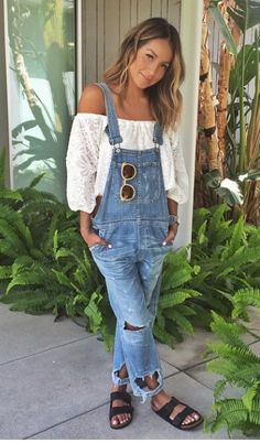 f0989835aae Here s how you can have fashion blogger style all year long. Denim  Dungarees Outfit