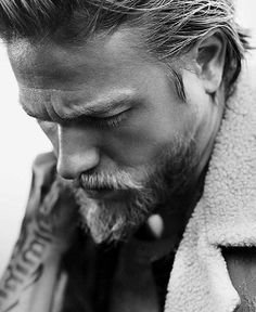 I almost wanted to pin this in desserts. Charlie Hunnam is beyond yummy!!