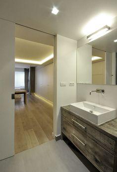 Flat in Barcelona, Tres Torres. Adriana Porta Nobell, architect www.scaletofitbarcelona.com Bathroom Lighting, Barcelona, Scale, Flat, Mirror, Furniture, Home Decor, Bathroom Light Fittings, Weighing Scale