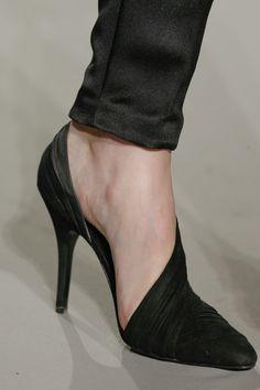 NYFW: Alexander Wang fall 2013, wrapped shoes