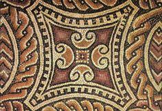 Mosaico da cruz suástica. Pormenor. Séc. III