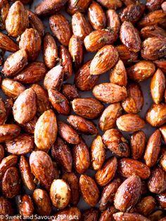 Rosemary Spiced Roasted Almonds #roastedalmonds